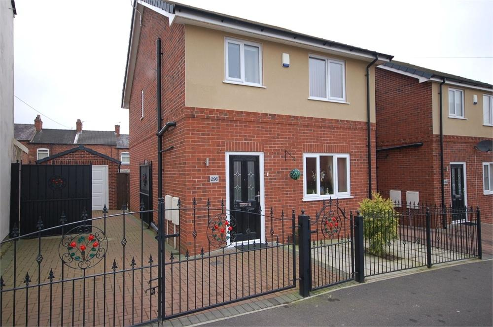 3 Bedrooms Detached House for sale in Boundary Road, West Park, St Helens, Merseyside