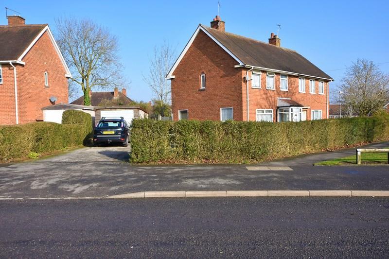 3 Bedrooms Semi Detached House for sale in Quinton Road West, Quinton, Birmingham