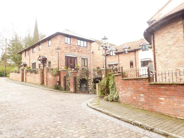 4 Bedrooms Semi Detached House for sale in The Old Mill Courtyard,Hill Street,Walsall