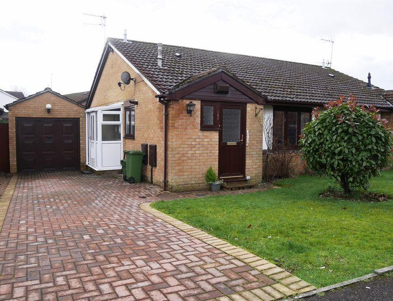 2 Bedrooms Semi Detached Bungalow for sale in Ynysddu, Pontyclun, CF72 9UD