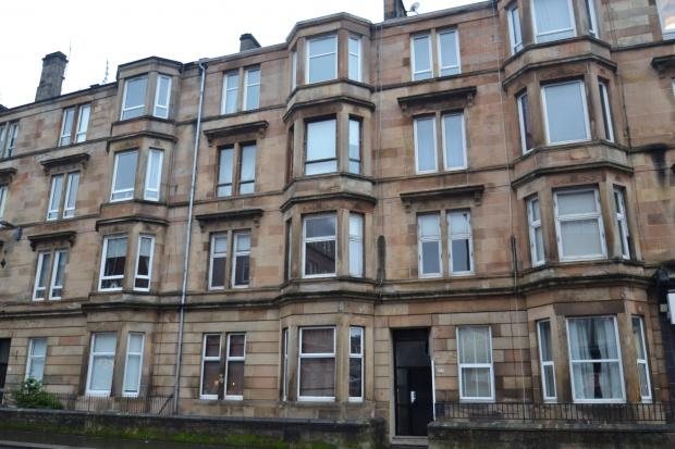 2 Bedrooms Flat for sale in Kilmarnock Road, Shawlands, G41
