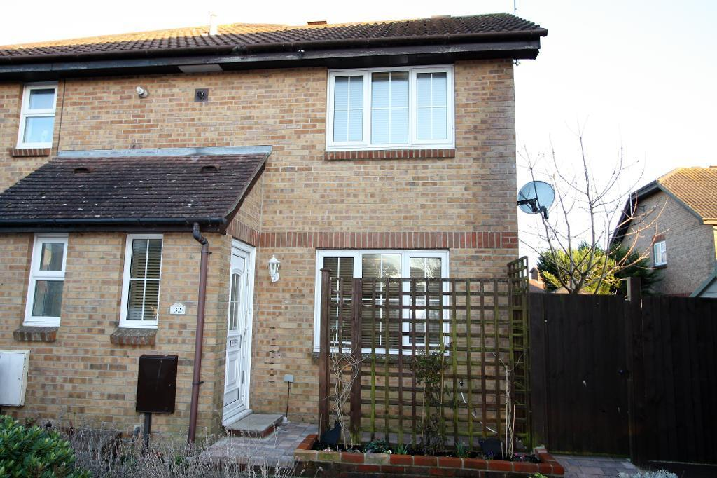 1 Bedroom End Of Terrace House for sale in Kendal Close, Littlehampton, West Sussex, BN17 6SZ