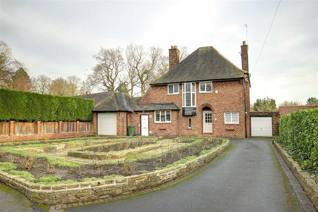 4 Bedrooms Detached House for sale in Harrop Road, Hale, Cheshire