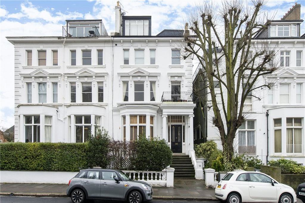 3 Bedrooms Flat for sale in Belsize Grove, Belsize Park, London, NW3