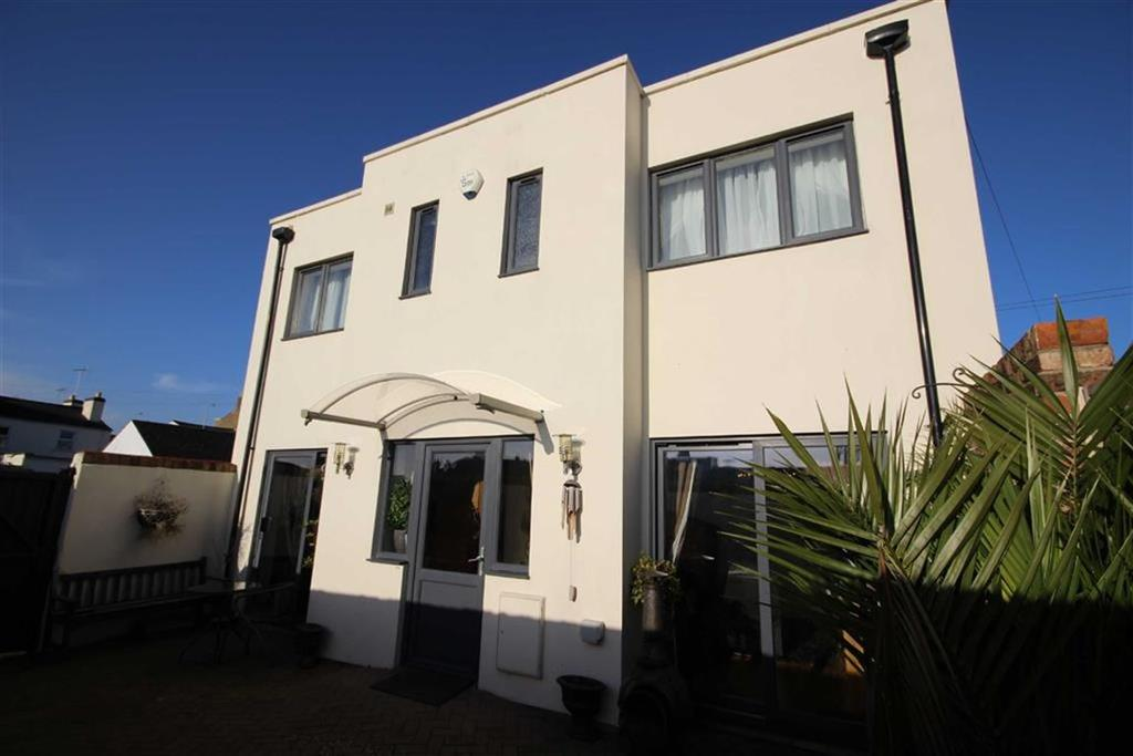2 Bedrooms Detached House for sale in Bath Terrace, Leckhampton, Cheltenham, GL50