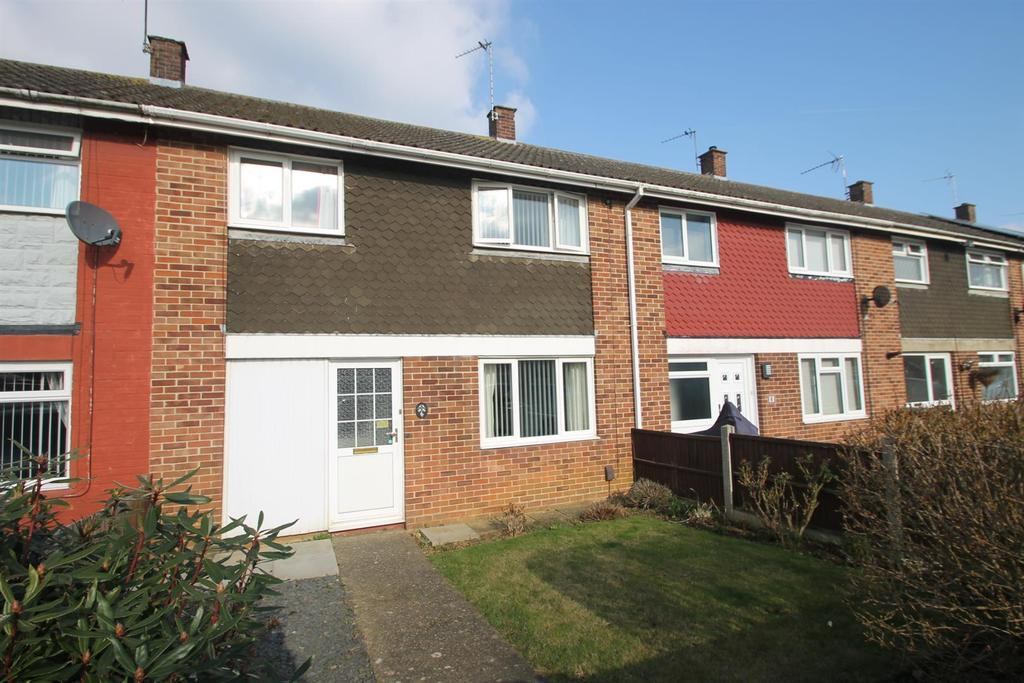 3 Bedrooms Terraced House for sale in Selby Road, Maidstone