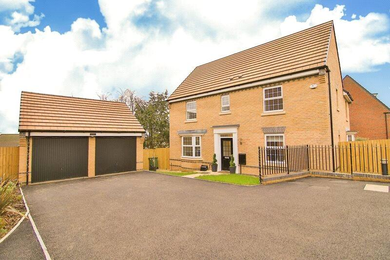 4 Bedrooms Detached House for sale in Ty'n-y-Gollen Court, St. Mellons, Cardiff, CF3