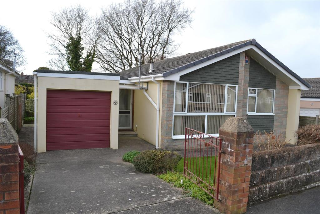 3 Bedrooms Detached Bungalow for sale in Heyswood Avenue