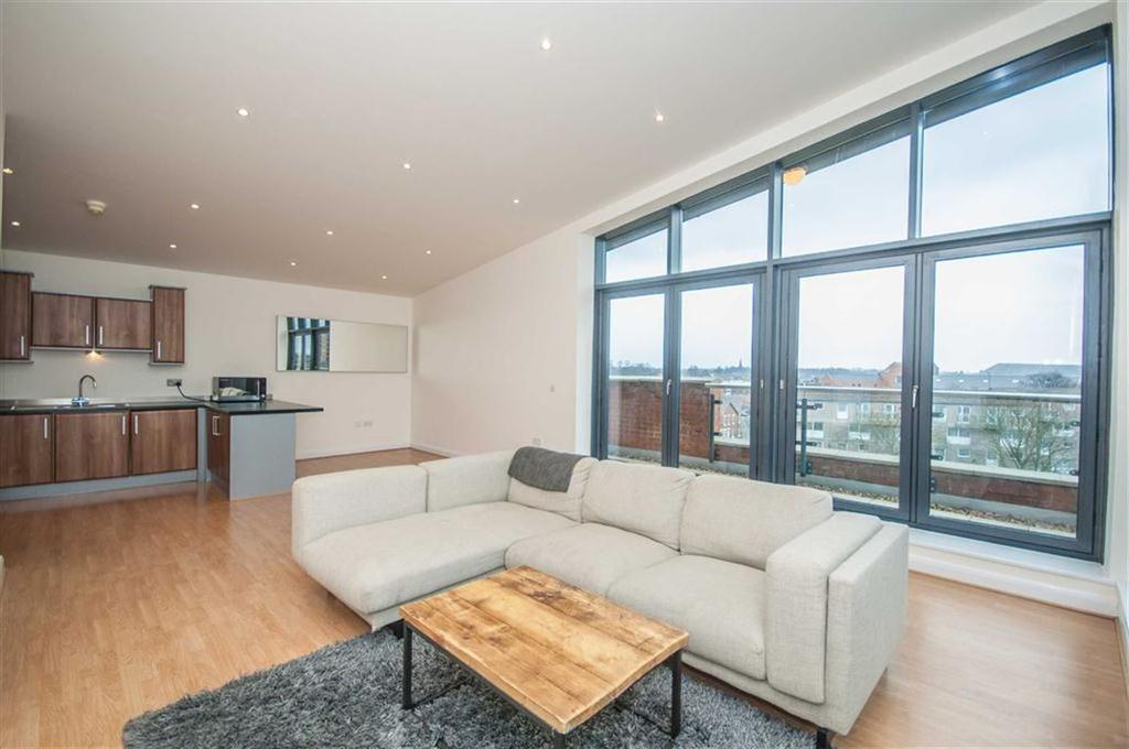 2 Bedrooms Penthouse Flat for sale in The Quarter, Chester, Chester