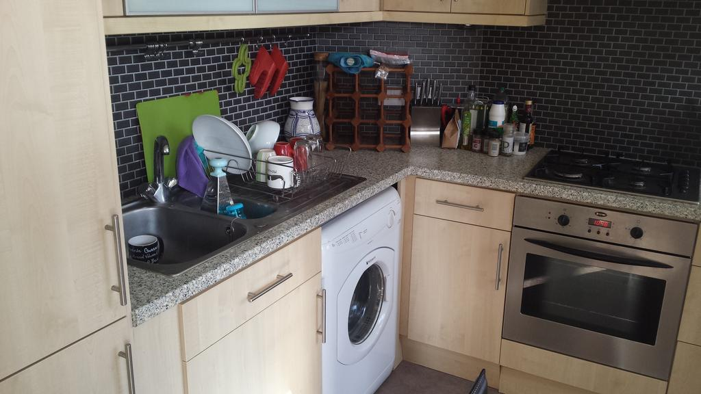1 Bedroom Flat for rent in First floor flat, 3 St James's Avenue, Kemp Town, Brighton BN2