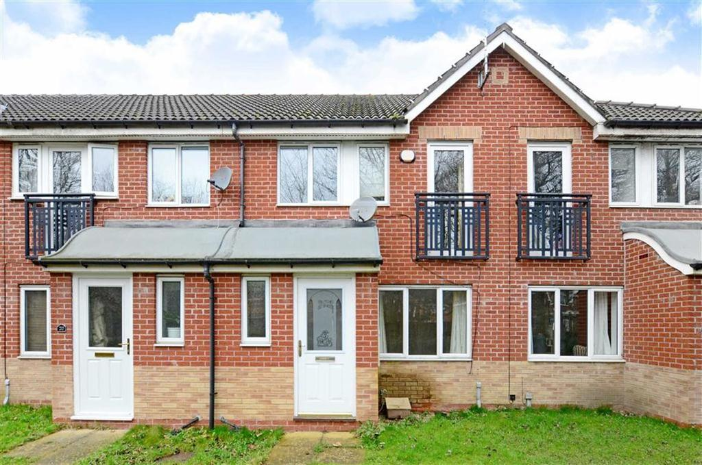 3 Bedrooms Town House for sale in 18, Wain Avenue, Riverside, Chesterfield, Derbyshire, S41