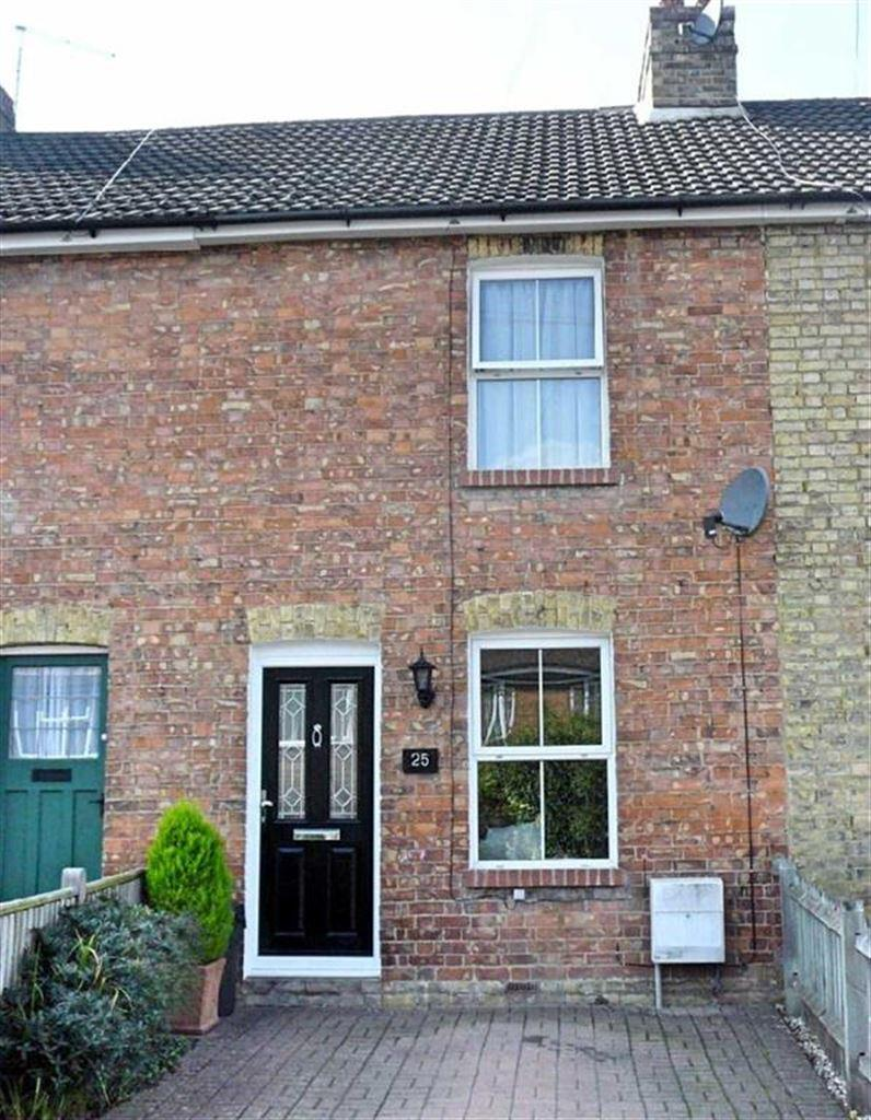 3 Bedrooms Terraced House for sale in Grove Road, Sevenoaks, TN14