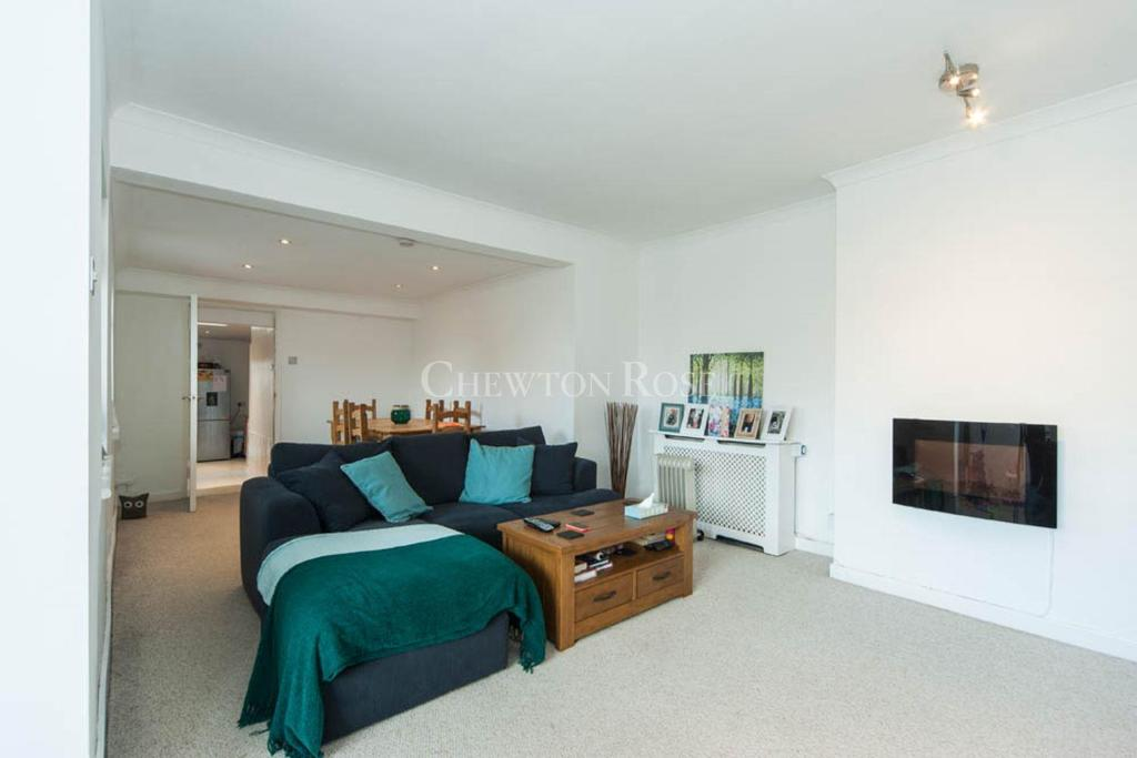 2 Bedrooms Apartment Flat for sale in Victoria Road, South Ascot
