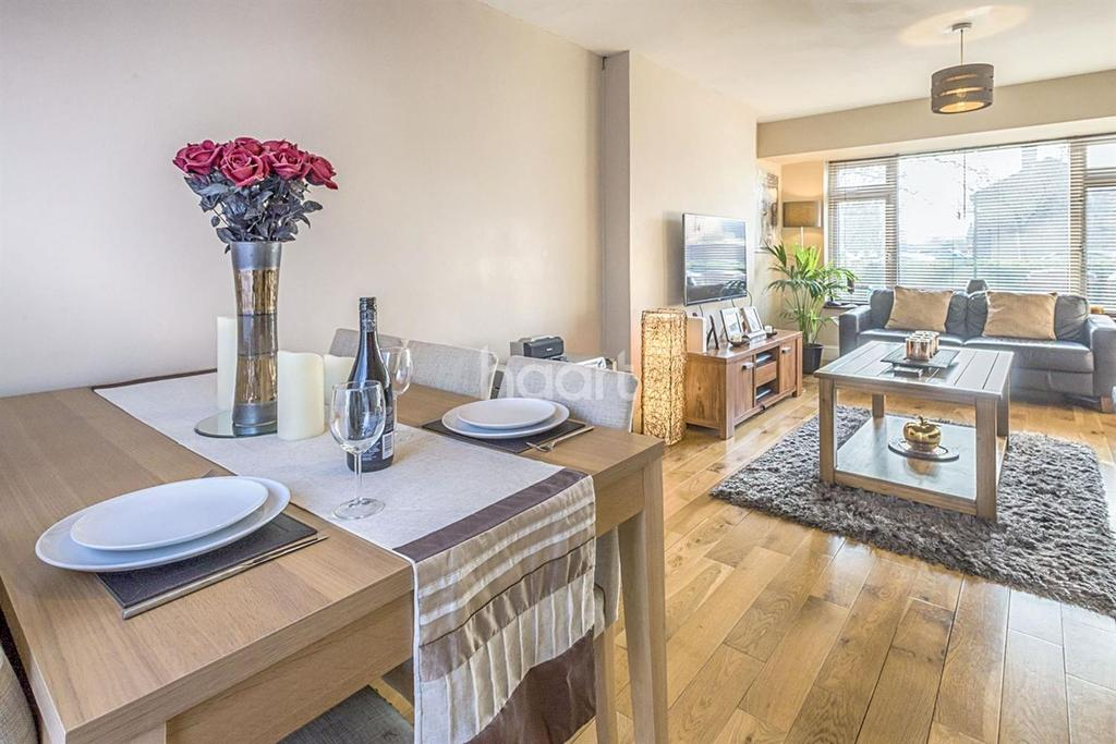 3 Bedrooms Terraced House for sale in Bradshaws
