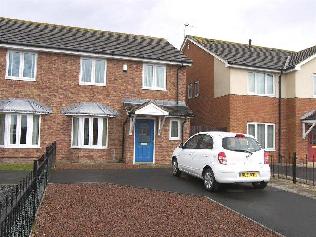 3 Bedrooms Semi Detached House for sale in William Hopkinson Way, Newbiggin-By-The-Sea