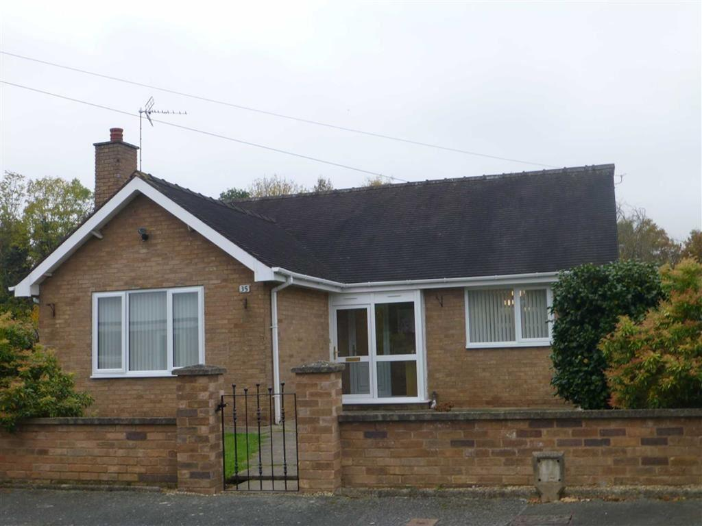 2 Bedrooms Detached Bungalow for sale in Hampshire Drive, Wrexham
