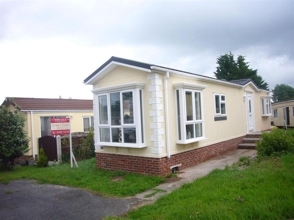 2 Bedrooms Park Home Mobile Home for sale in Orchard Park, Elton, Chester