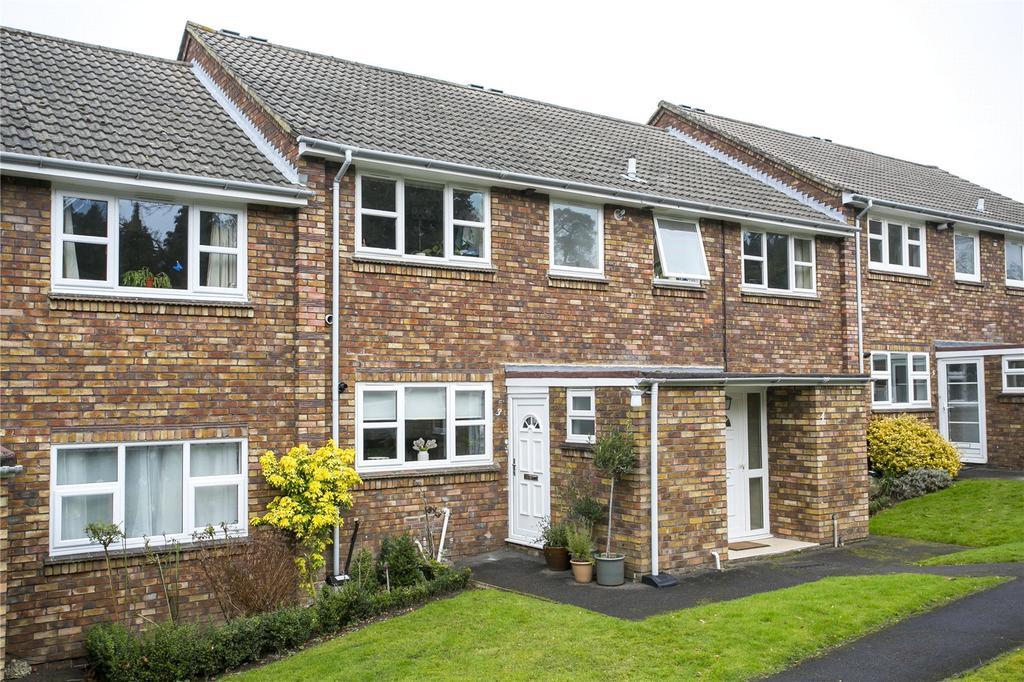 3 Bedrooms Flat for sale in Kirk Court, Mount Harry Road, Sevenoaks, Kent