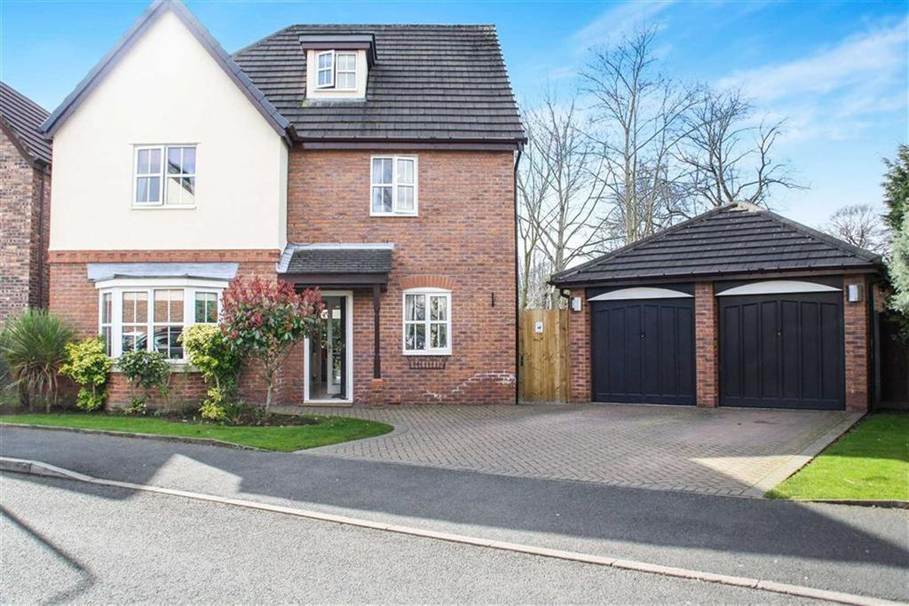 5 Bedrooms Detached House for sale in Minster Drive, Urmston, Manchester