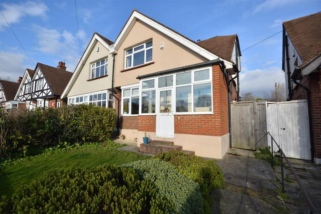 3 Bedrooms Semi Detached House for sale in St. Helens Road, Hastings