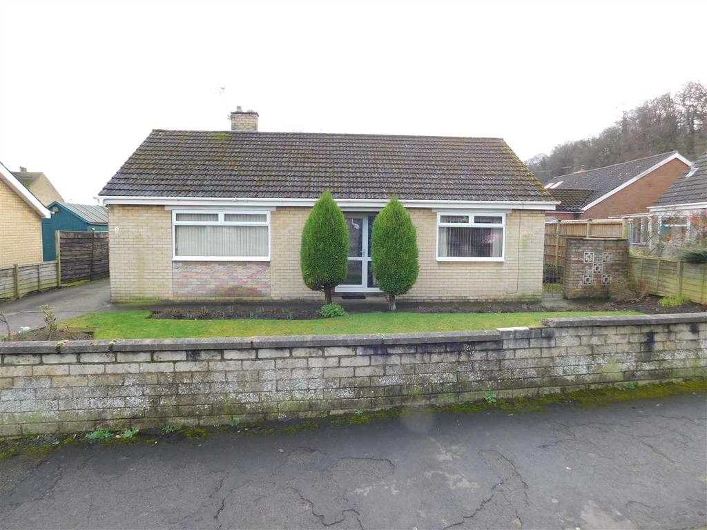 2 Bedrooms Bungalow for sale in WESTMINSTER ROAD, BROUGHTON, BRIGG