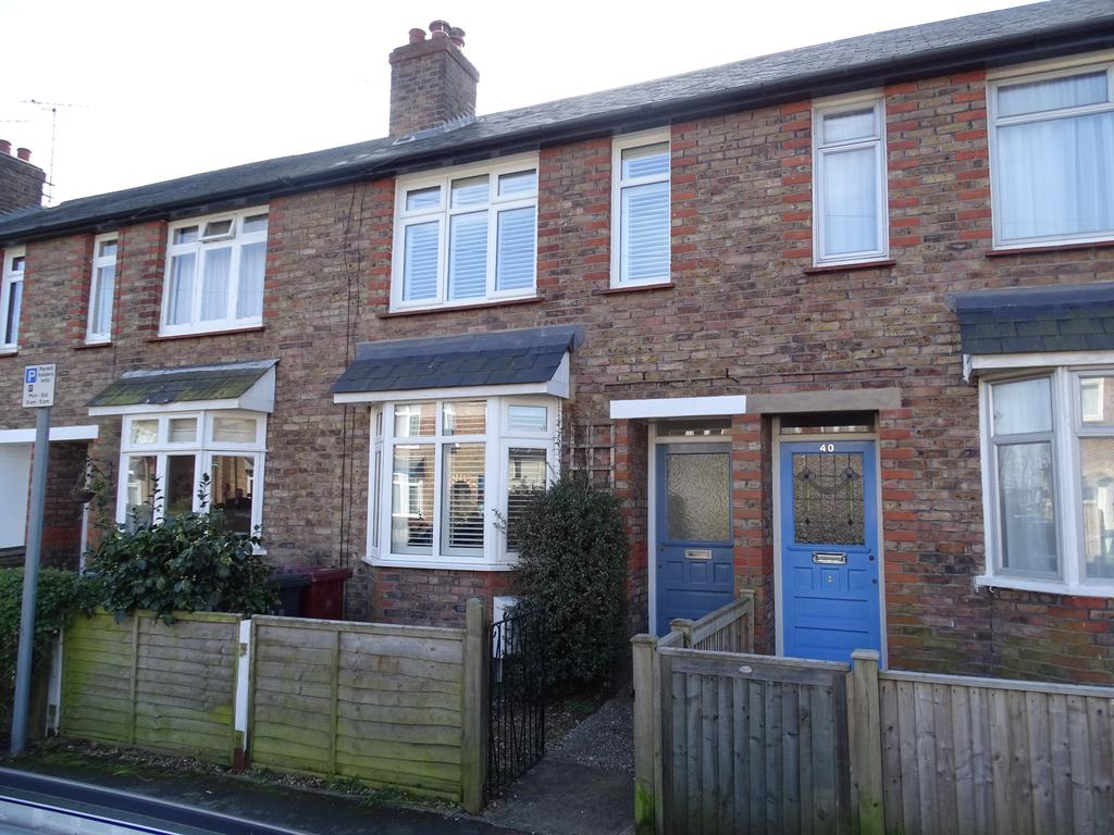 2 Bedrooms Terraced House for sale in Cambrai Avenue, Chichester