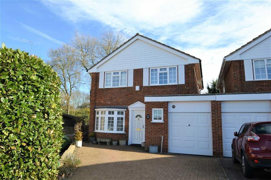 4 Bedrooms Detached House for sale in Partridge Drive, Locksbottom, Kent