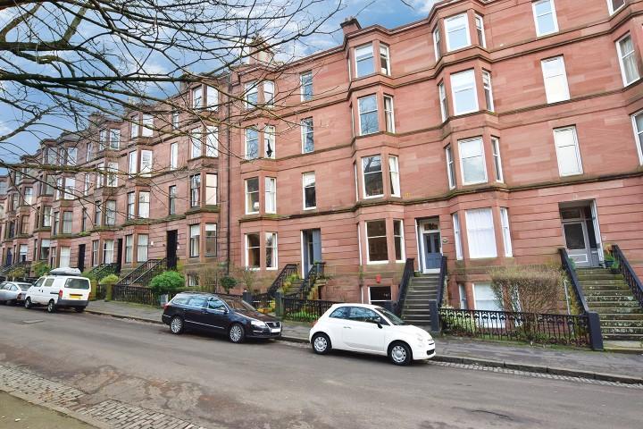 3 Bedrooms Flat for sale in 53 Kelvinside Gardens, North Kelvinside, G20 6BQ