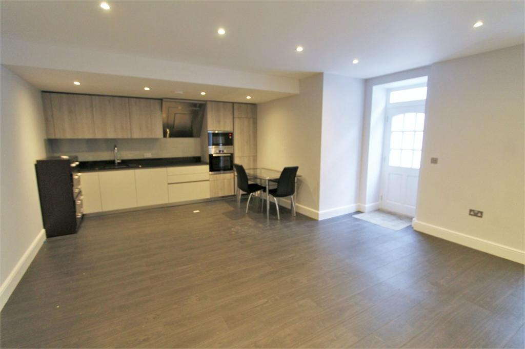 2 Bedrooms Apartment Flat for sale in Gloucester Place, London