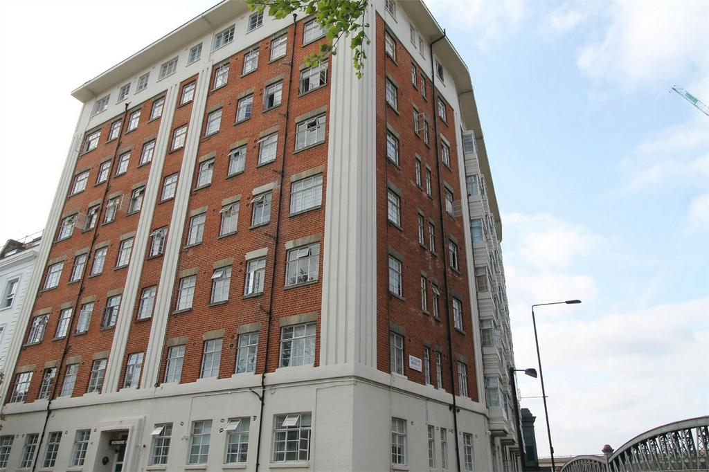 Studio Flat for sale in Westbourne Court, Orsett Terrace, London