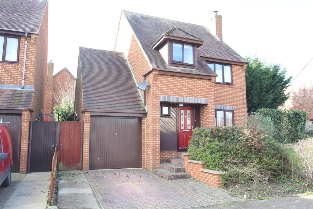 3 Bedrooms House for sale in Redding Grove, Crownhill, Milton Keynes