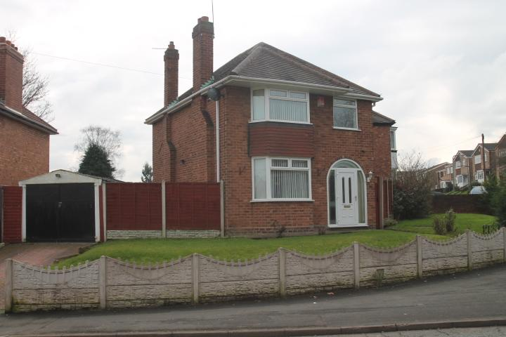 3 Bedrooms Detached House for sale in Crankhall Lane, Wednesbury, WS10