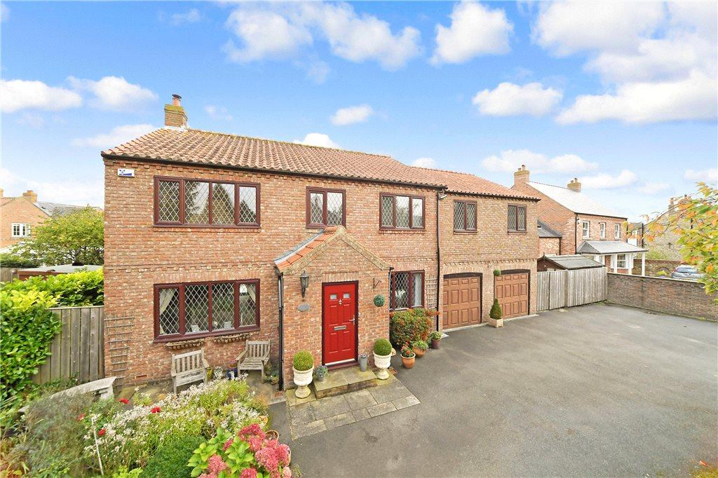 5 Bedrooms Detached House for sale in North Stainley, Ripon, North Yorkshire