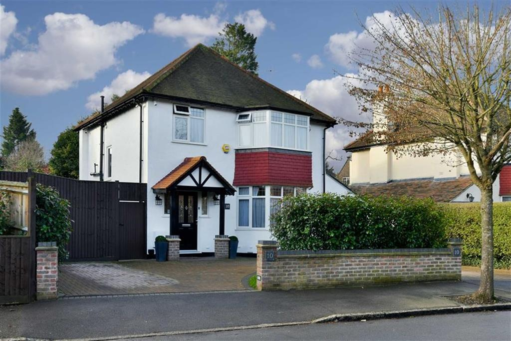 3 Bedrooms Detached House for sale in Brancaster Lane, Purley, Surrey