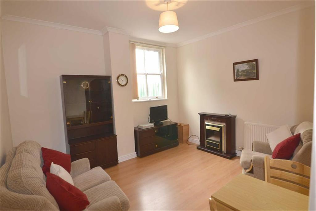 1 Bedroom Flat for sale in 3a, Arcadia House, Tenby, Pembrokeshire, SA70