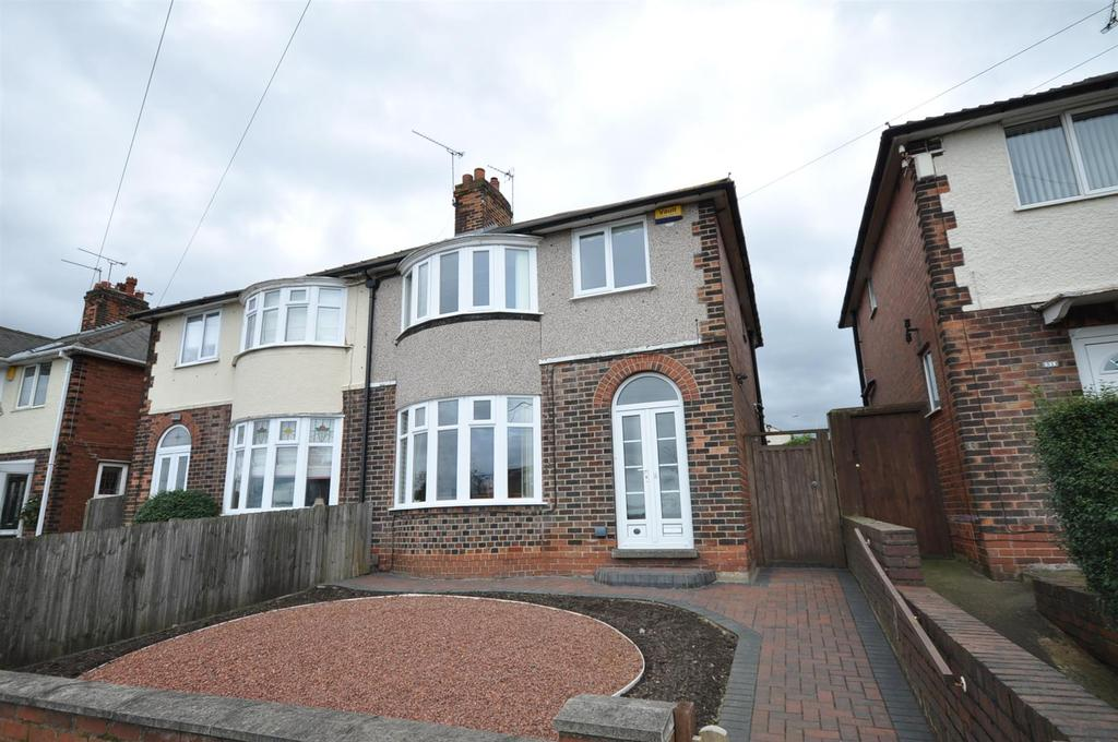 3 Bedrooms Semi Detached House for sale in Forest Road, Mansfield