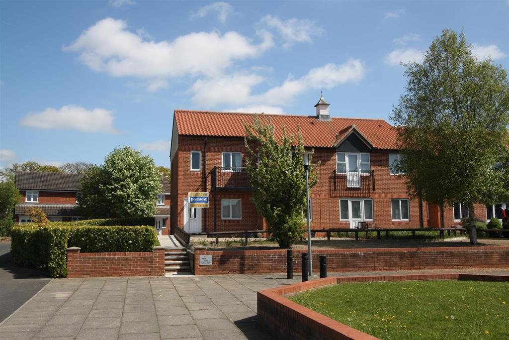 2 Bedrooms Apartment Flat for sale in Alverton Drive, Darlington