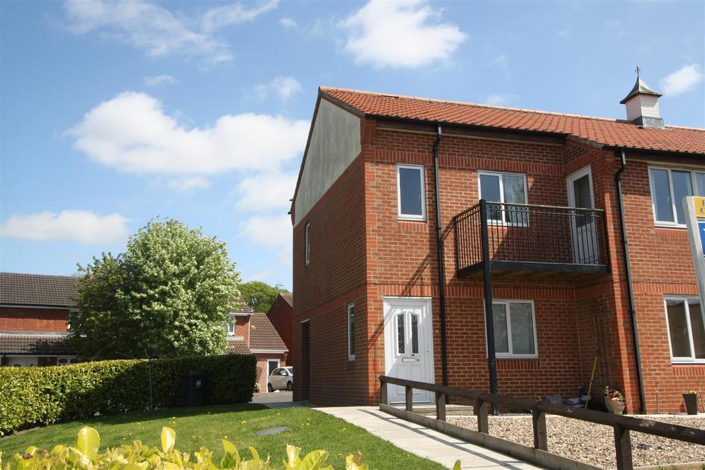 2 Bedrooms Apartment Flat for sale in Alverton Drive, Darlington
