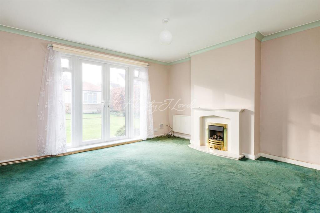 2 Bedrooms Flat for sale in Langton Way, Blackheath, SE3
