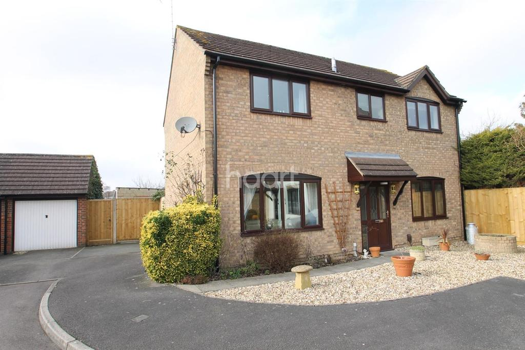 4 Bedrooms Detached House for sale in Stratton