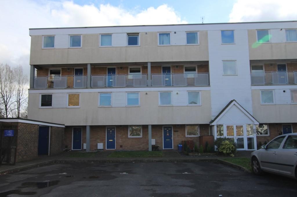 3 Bedrooms Flat for sale in MARCHWOOD