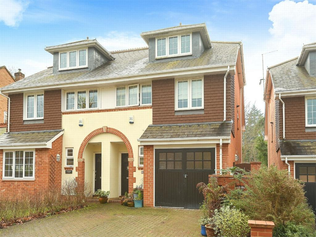 4 Bedrooms Semi Detached House for sale in Camberley, Surrey
