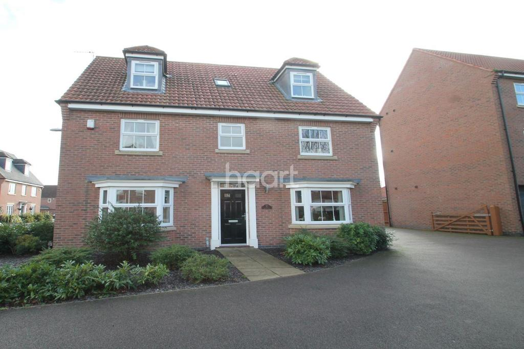 6 Bedrooms Detached House for sale in Dale Way, Fernwood
