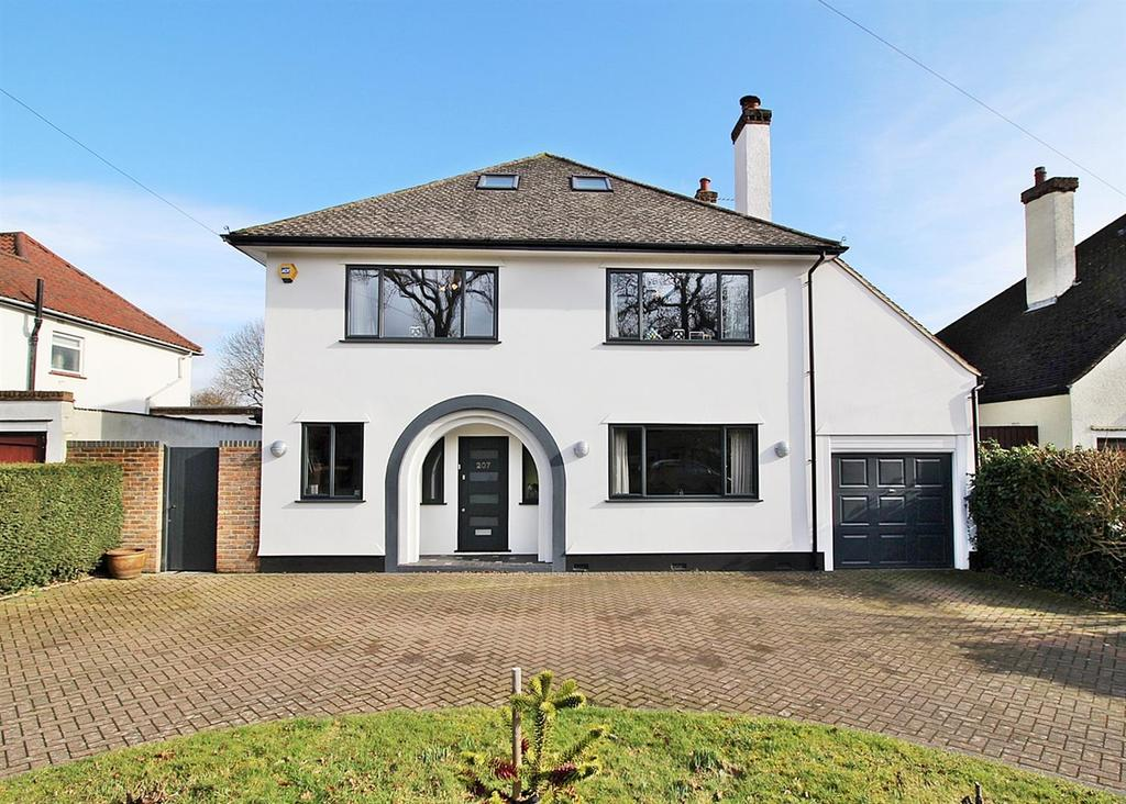 5 Bedrooms Detached House for sale in Marshalswick Lane, St. Albans