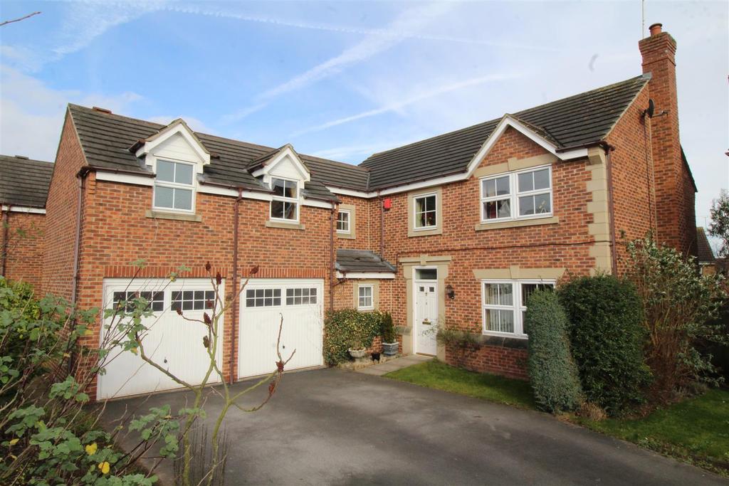 5 Bedrooms Detached House for sale in Montford Road, Worksop