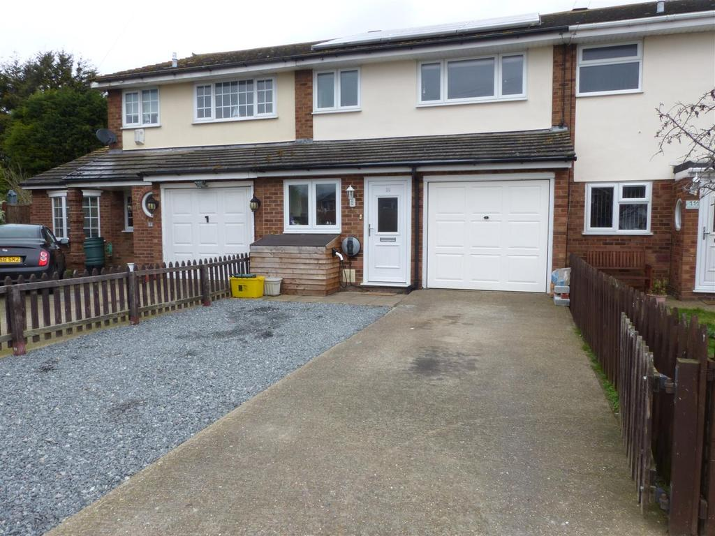 3 Bedrooms Terraced House for sale in Wilmslowe, Canvey Island