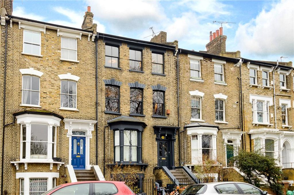 2 Bedrooms Maisonette Flat for sale in Queensdown Road, London, E5