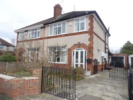 3 Bedrooms House for sale in Pleck Road, Whitby CH65