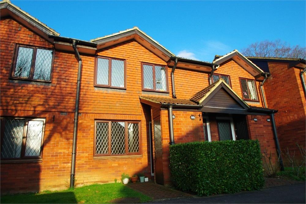 1 Bedroom Flat for sale in Ebury Road, WATFORD, Hertfordshire