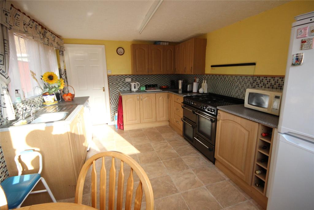 3 Bedrooms Terraced House for sale in Algernon Street, Grimsby, DN32